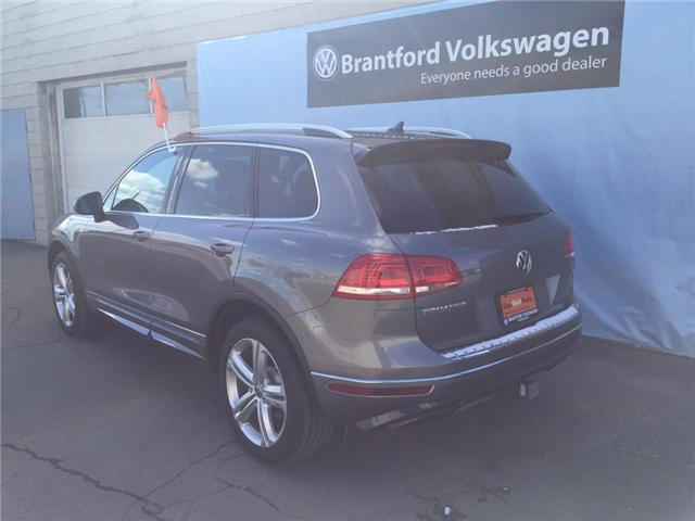2016 Volkswagen Touareg 3.6L Execline (Stk: VC2493) in Brantford - Image 2 of 10
