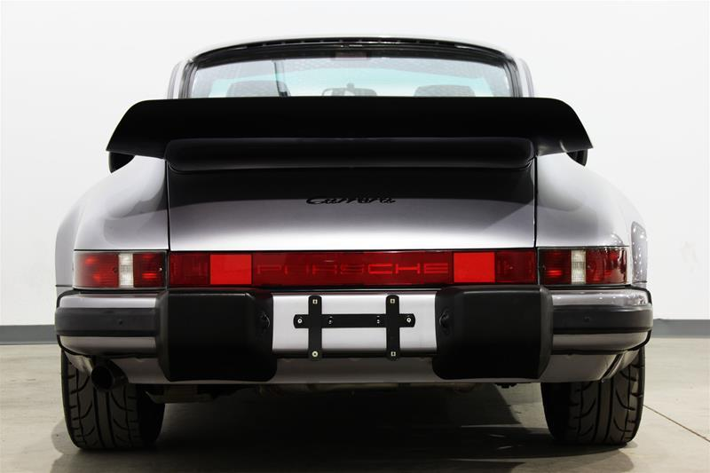 1988 Porsche 911 Carrera Coupe (Stk: P10002B) in Vaughan - Image 4 of 17