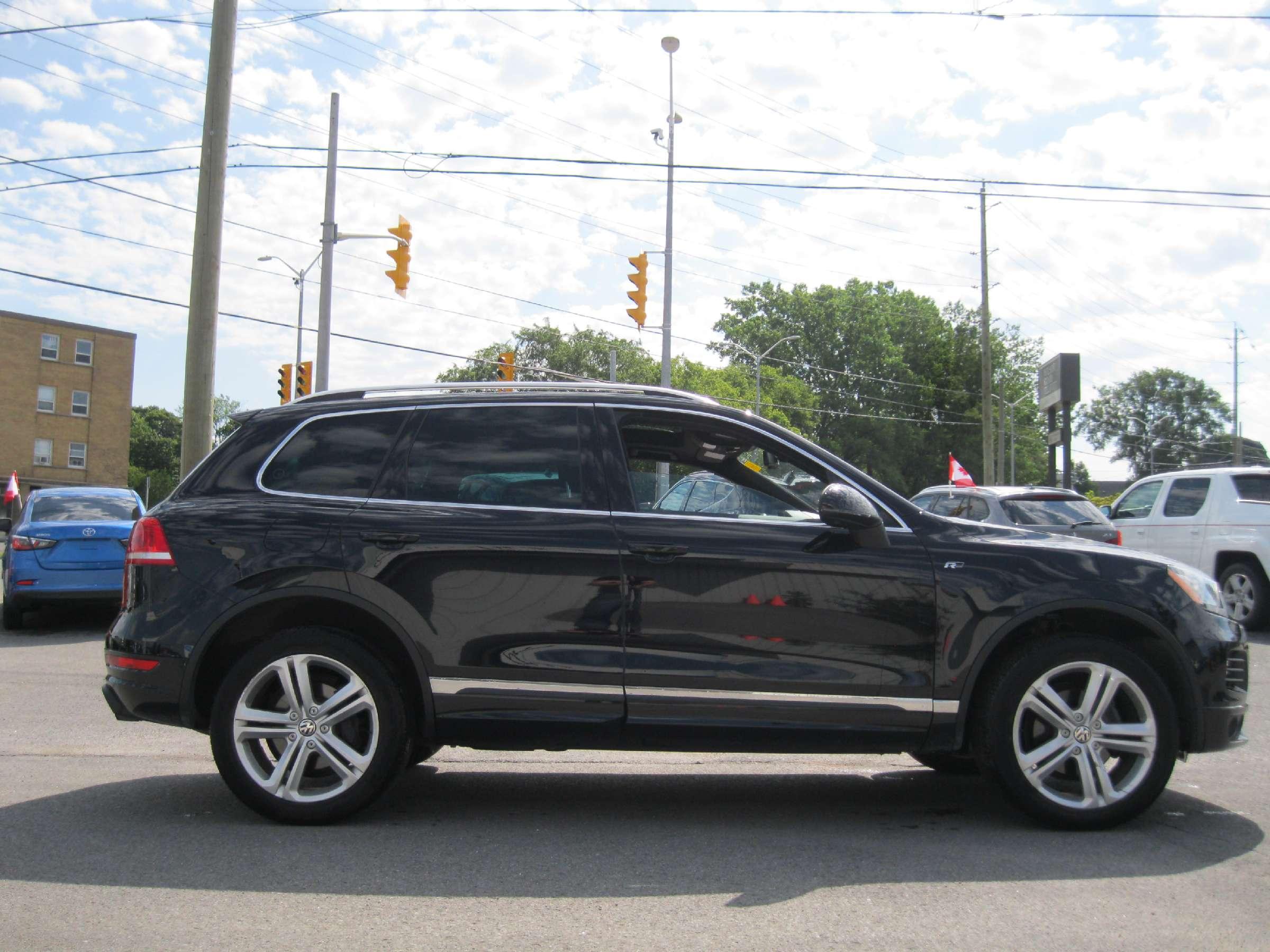 2014 Volkswagen Touareg 3.6L Execline (Stk: 170931K) in Richmond - Image 7 of 13