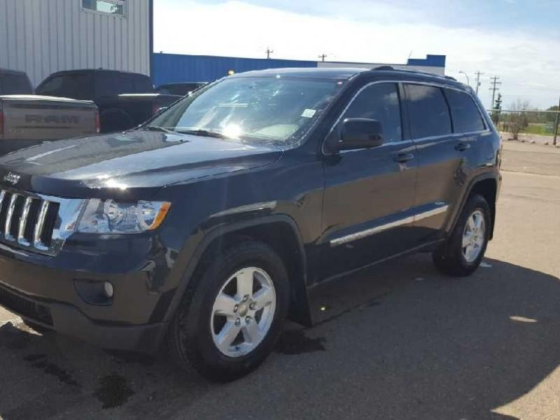 2011 Jeep Grand Cherokee Laredo (Stk: QT199A) in  - Image 4 of 7