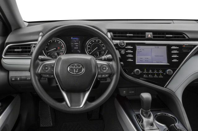2018 Toyota Camry LE (Stk: 18020) in Walkerton - Image 4 of 9