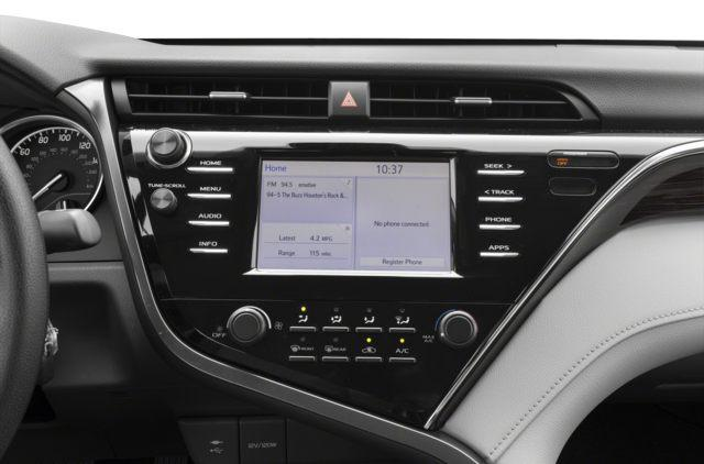 2018 Toyota Camry LE (Stk: 18020) in Walkerton - Image 7 of 9