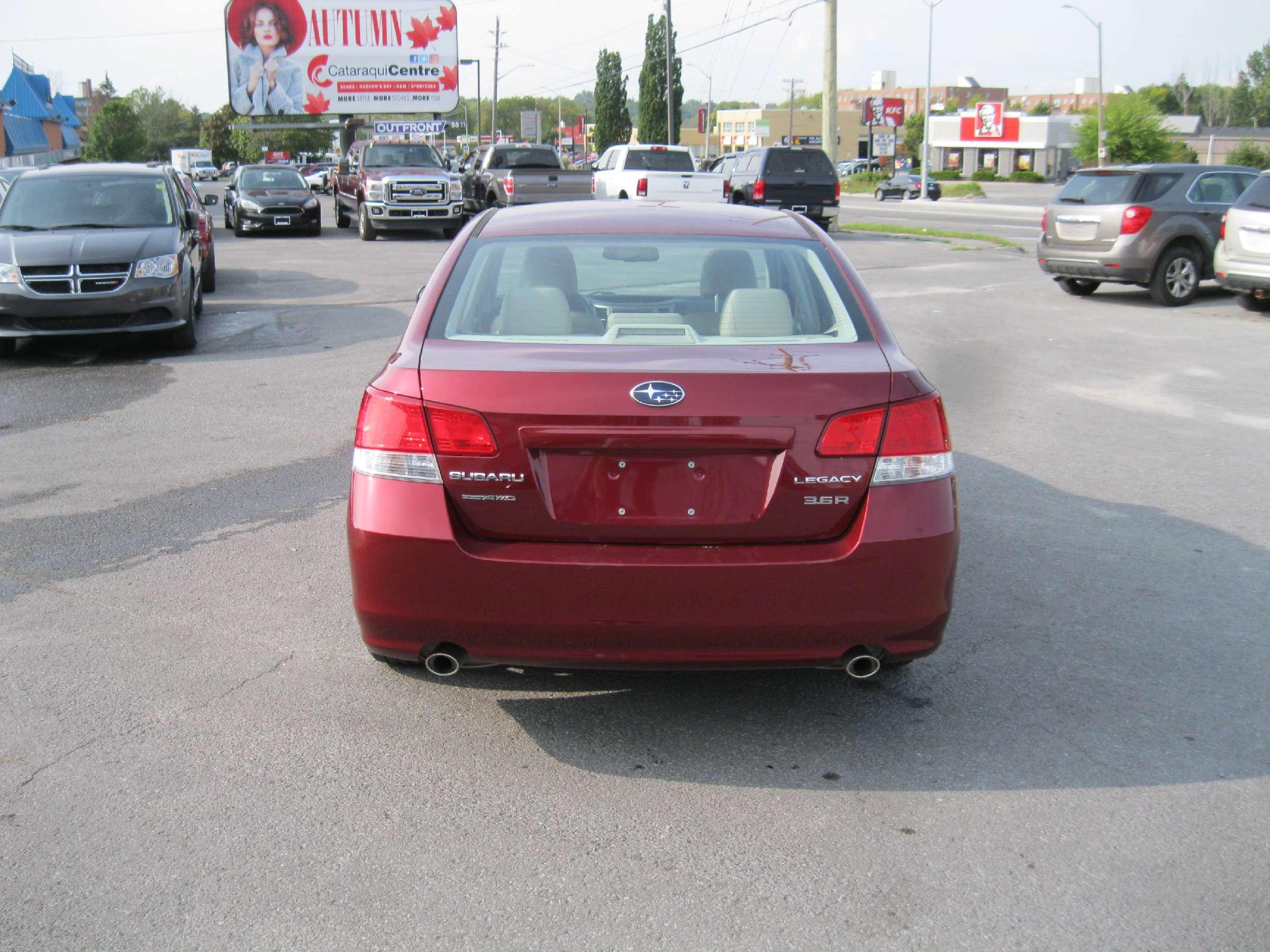 2012 Subaru Legacy 3.6R Limited Package (Stk: 171252) in Kingston - Image 4 of 14