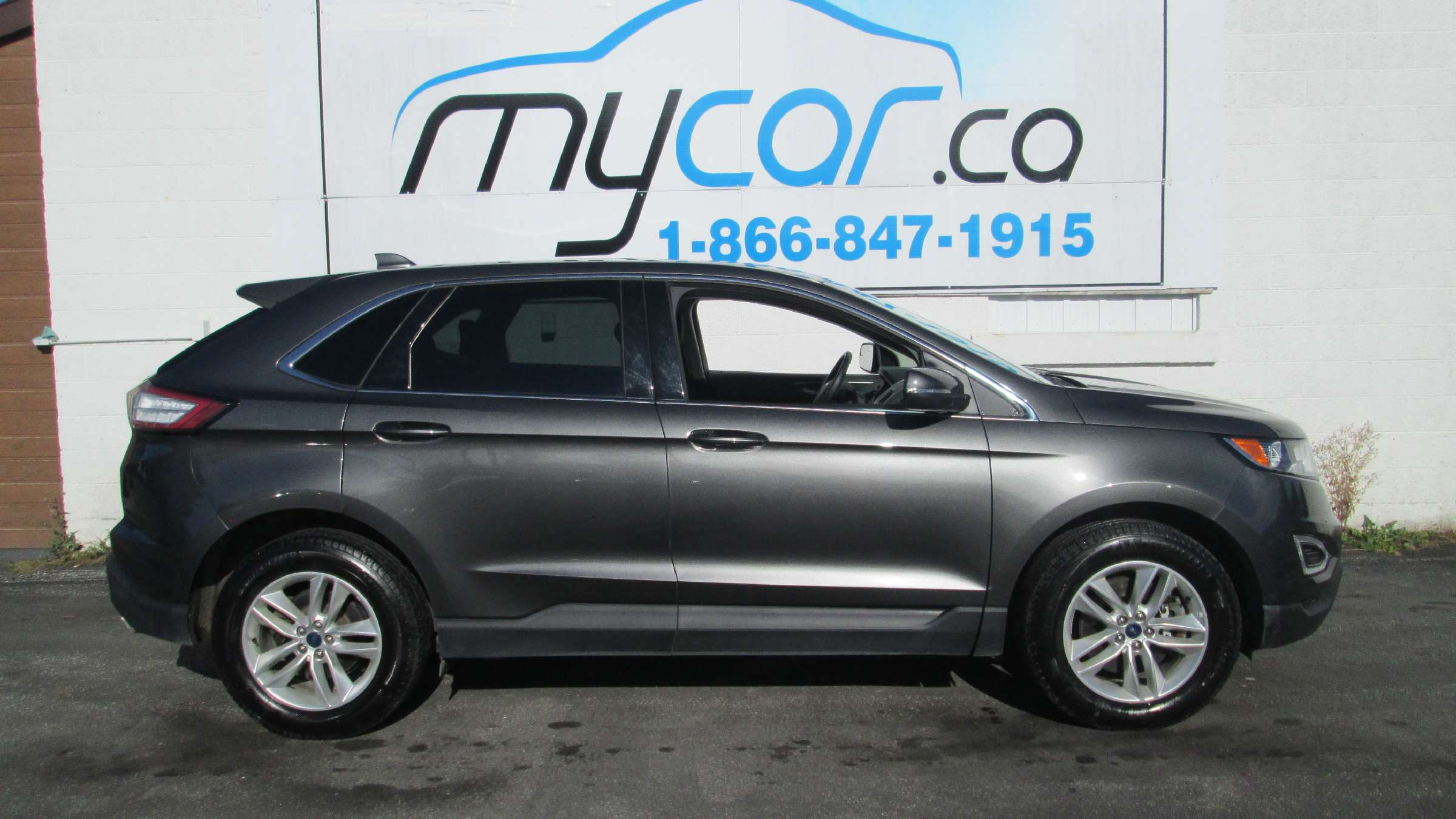 2017 Ford Edge SEL (Stk: 171341) in North Bay - Image 2 of 11