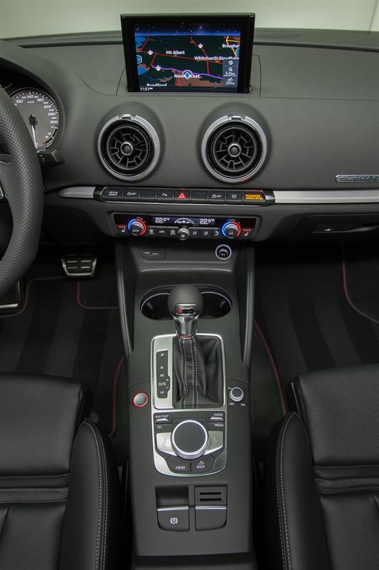 2018 Audi S3 2.0T Progressiv (Stk: A10155) in Newmarket - Image 17 of 19