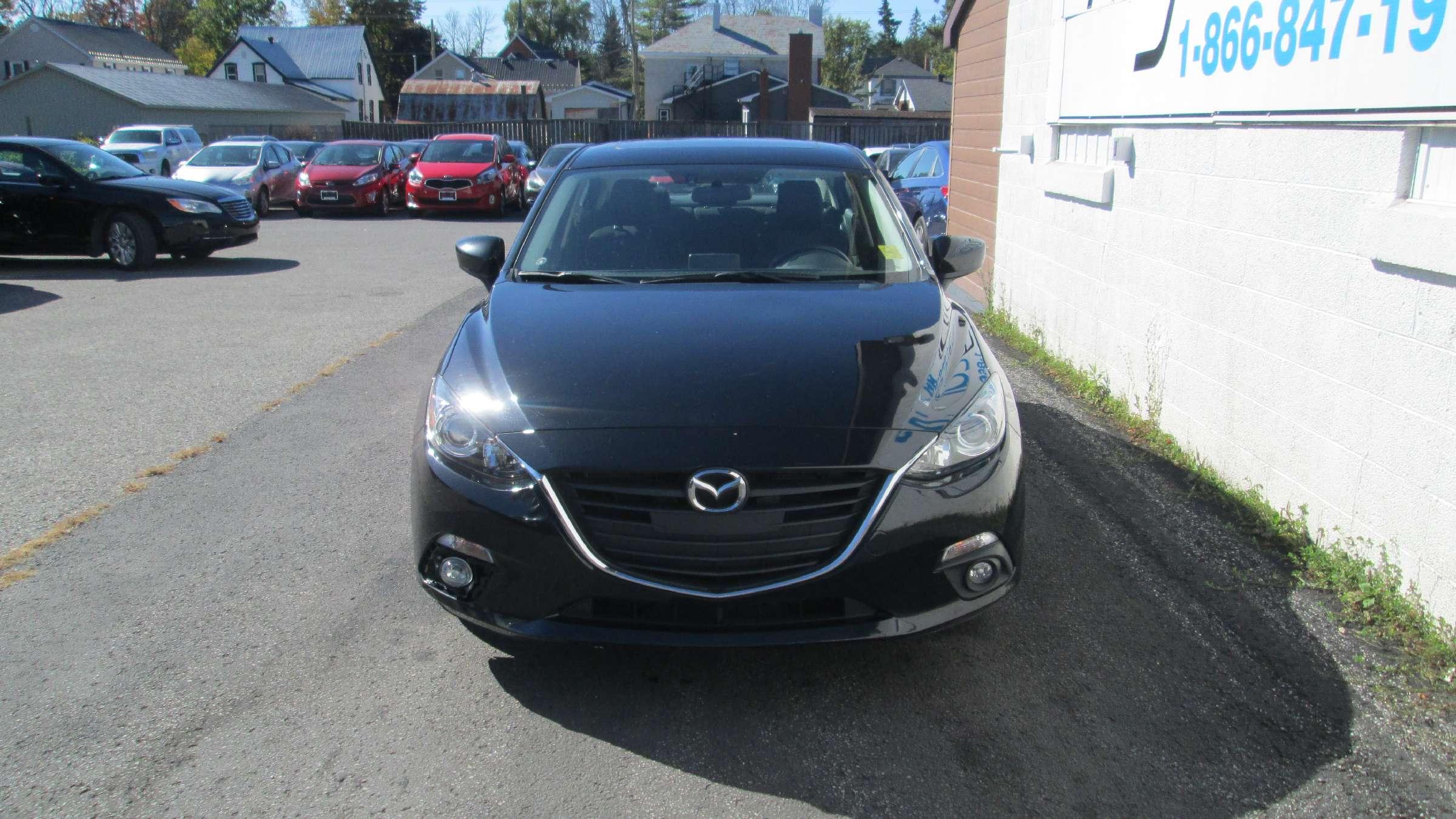 2014 Mazda Mazda3 GS-SKY (Stk: 171433) in Kingston - Image 1 of 12