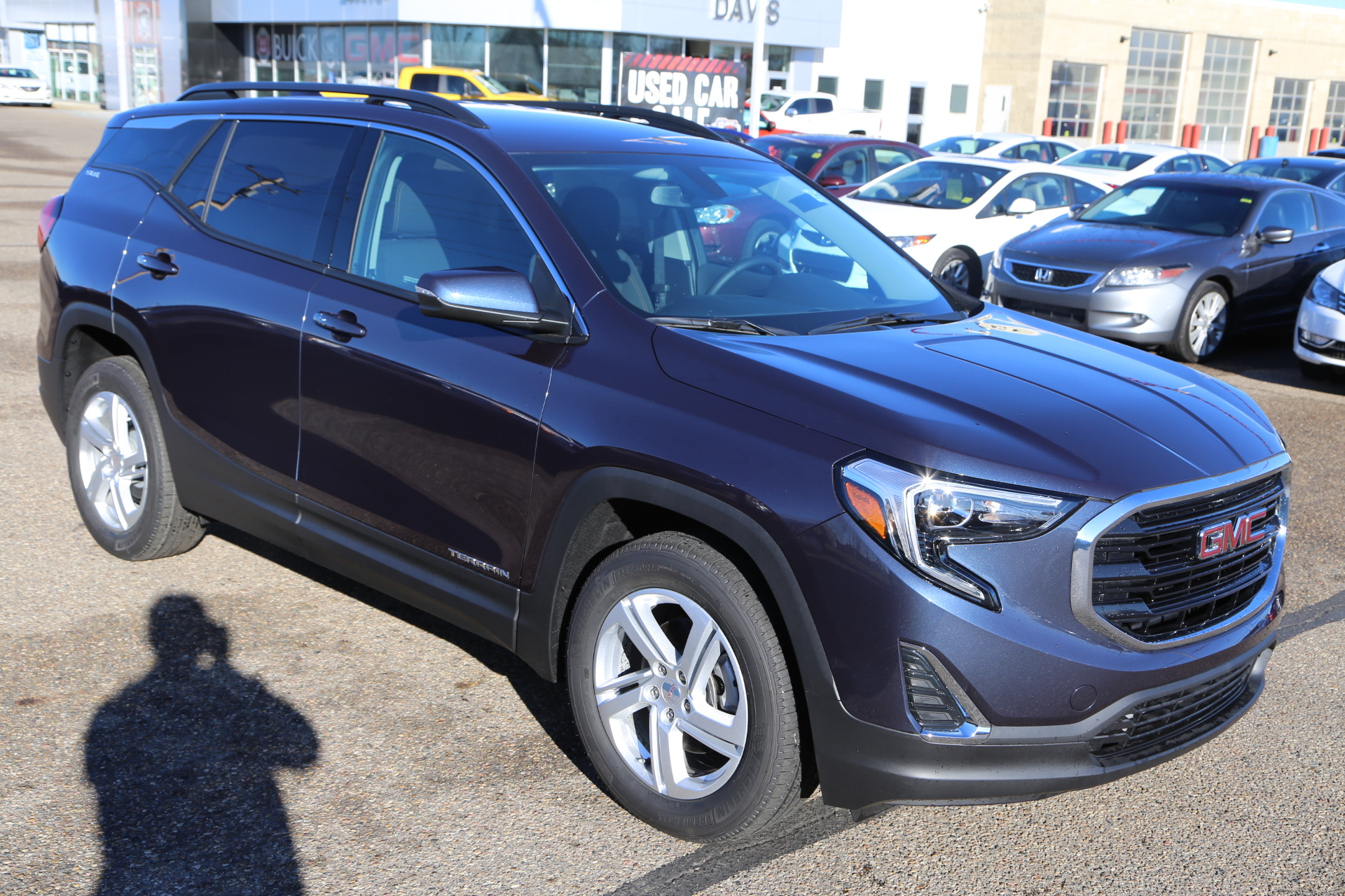 2018 GMC Terrain SLE (Stk: 157145) in Medicine Hat - Image 1 of 28