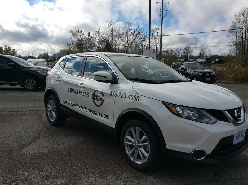 2017 Nissan Qashqai SV (Stk: 17-427) in Smiths Falls - Image 10 of 13
