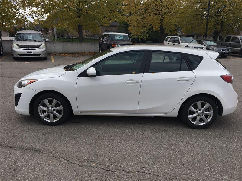 2011 Mazda Mazda3 GX (Stk: U29117) in Goderich - Image 2 of 15