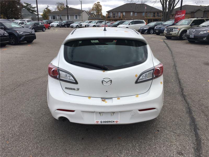2011 Mazda Mazda3 GX (Stk: U29117) in Goderich - Image 4 of 15