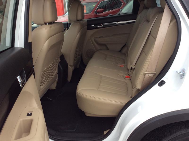 2013 Kia Sorento EX Luxury V6 (Stk: 17-508A) in Smiths Falls - Image 9 of 13