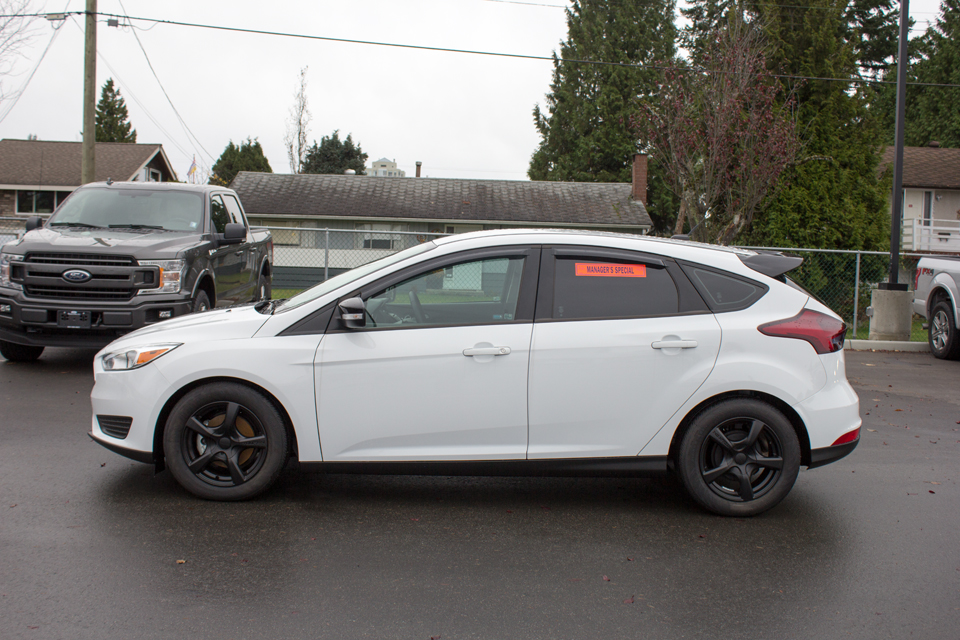 2017 Ford Focus SE (Stk: 7FO8837) in Surrey - Image 4 of 23
