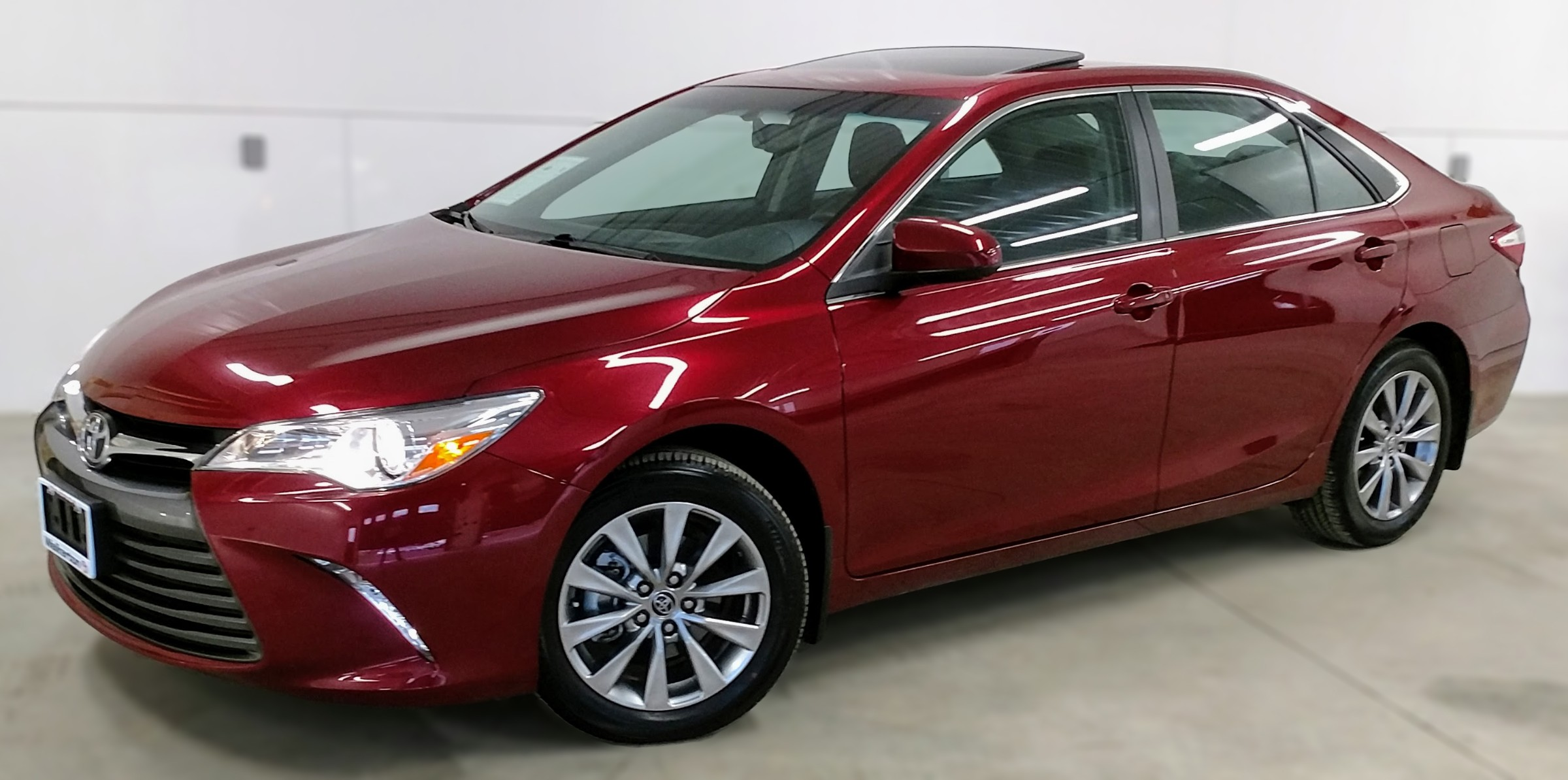 2015 Toyota Camry XLE 4T1BF1FK5FU934657 18114A in Kincardine