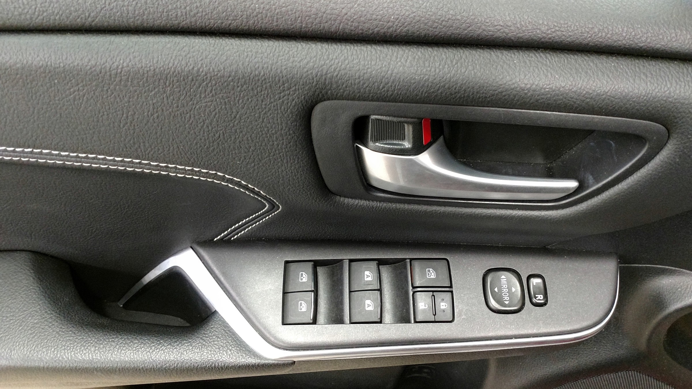 2015 Toyota Camry XLE (Stk: 18114A) in Kincardine - Image 17 of 30