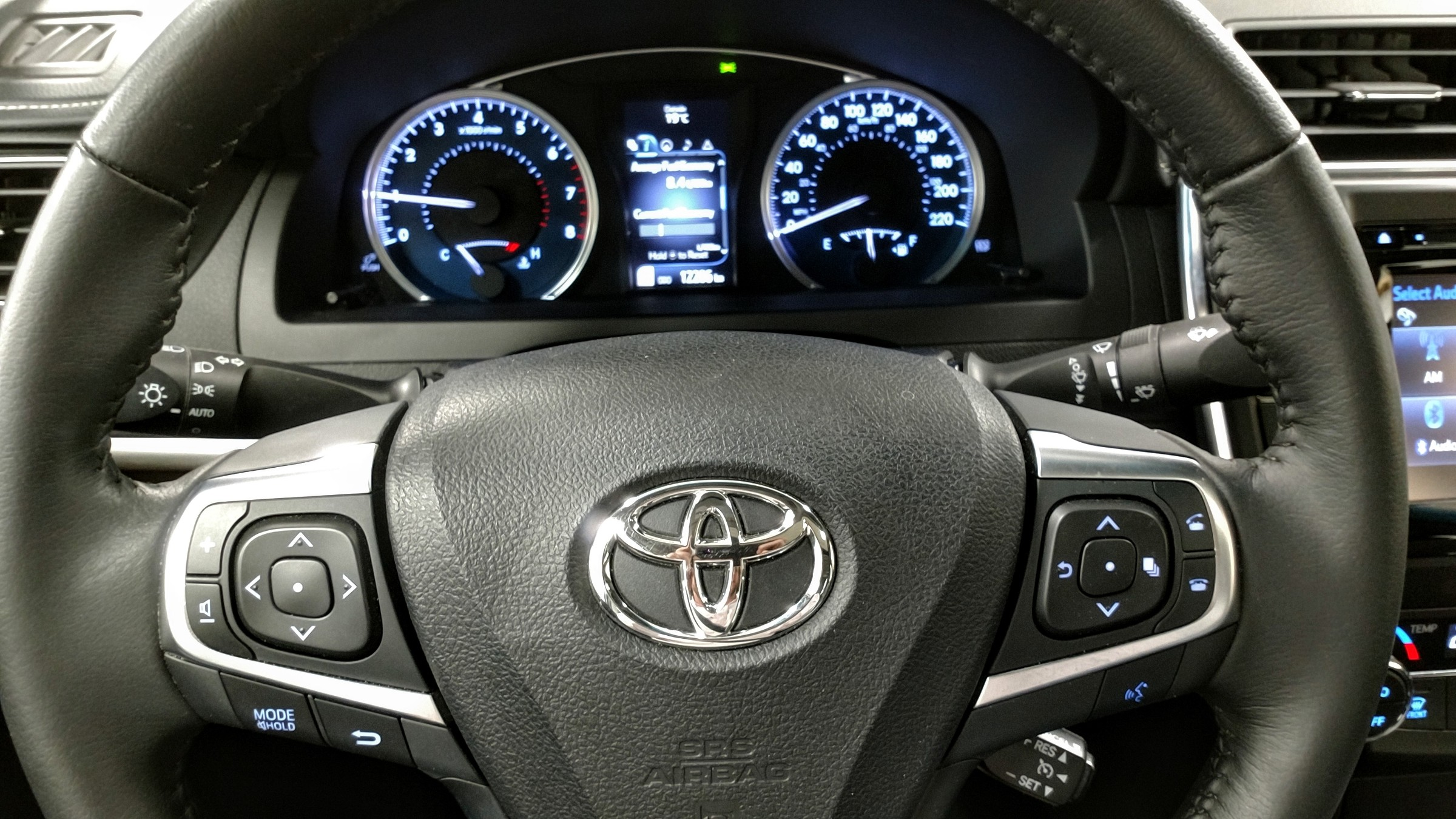 2015 Toyota Camry XLE (Stk: 18114A) in Kincardine - Image 19 of 30