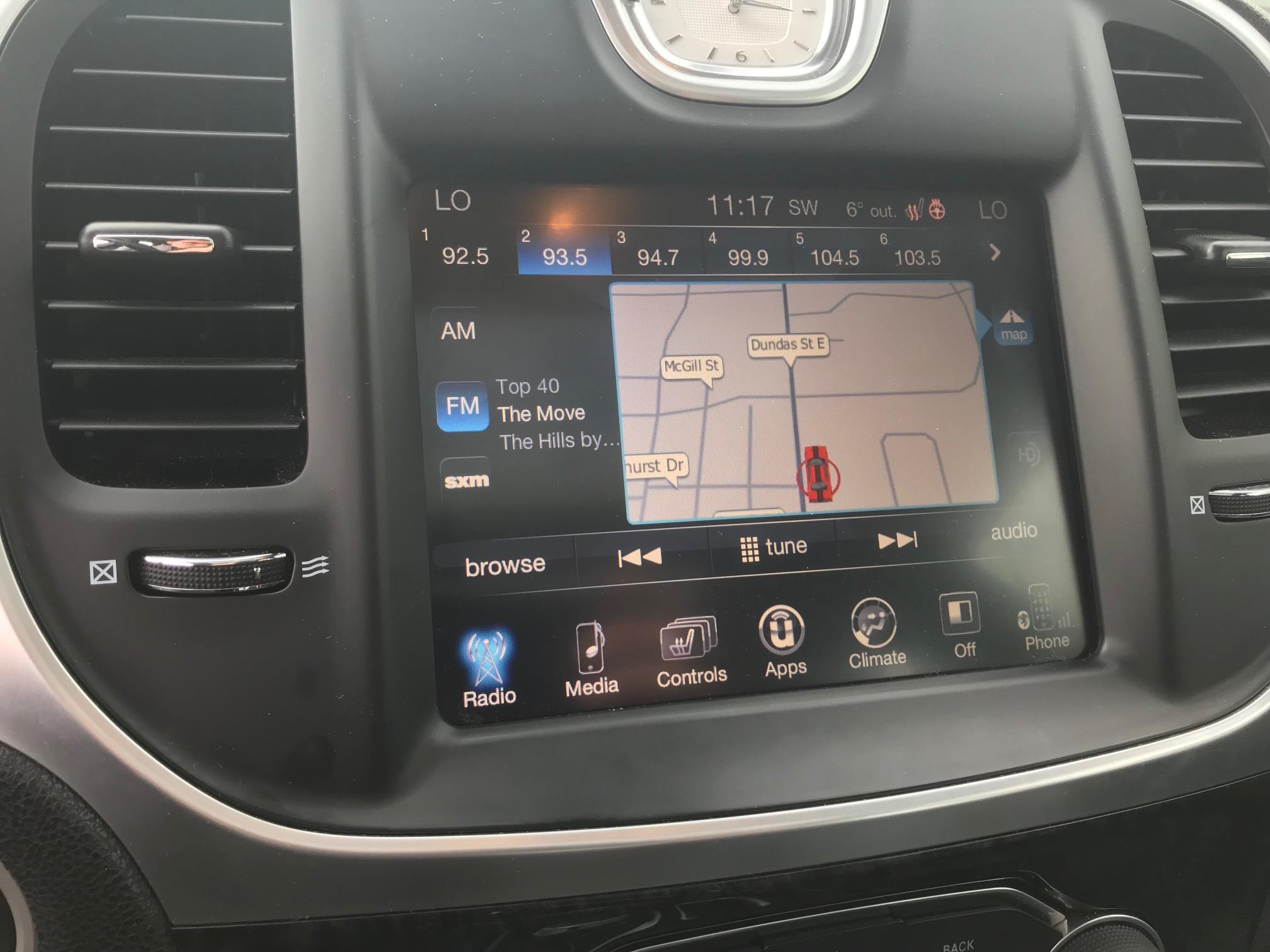 2016 Chrysler 300C Base (Stk: APR1432) in Mississauga - Image 10 of 17