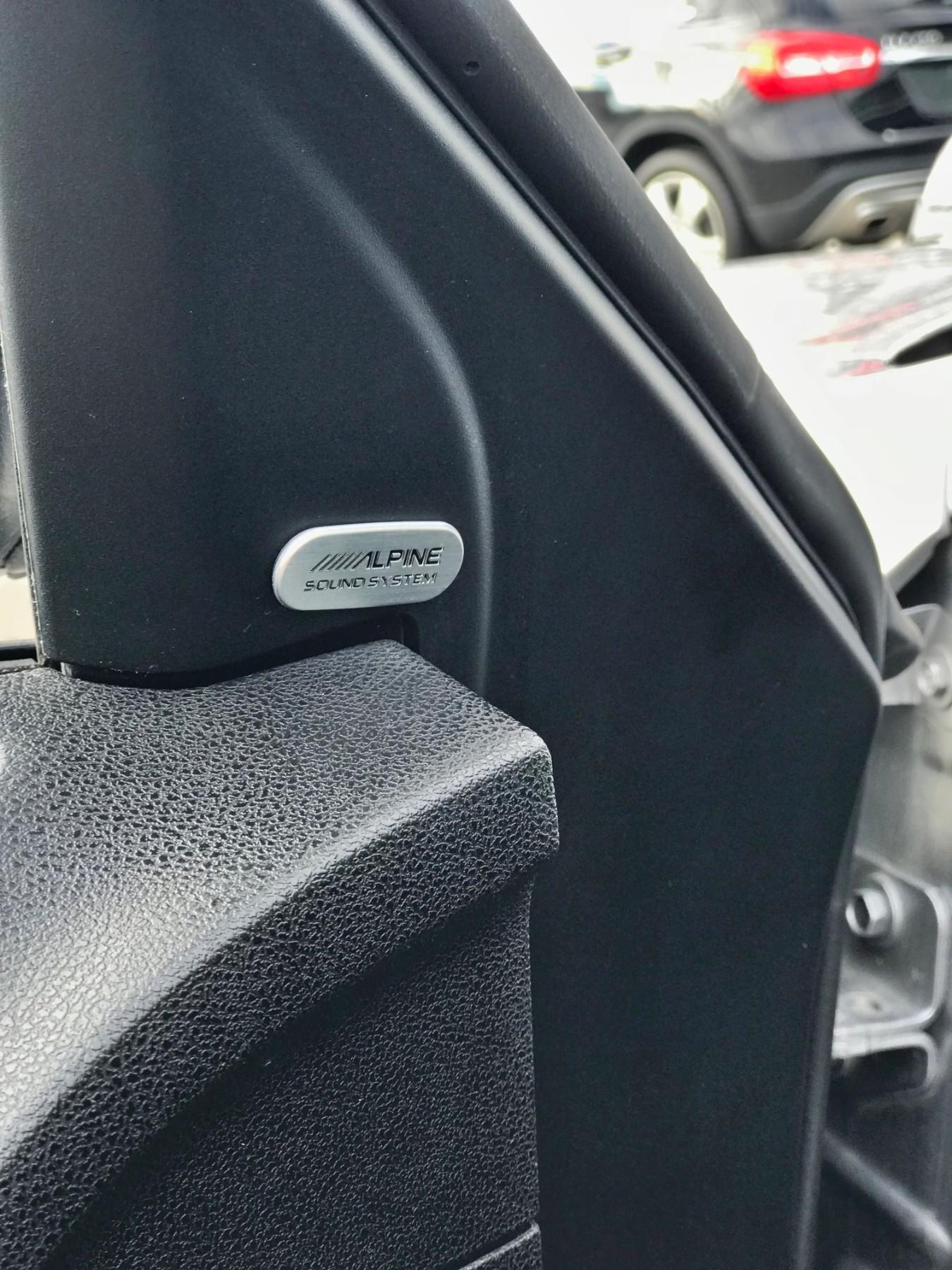 2016 Chrysler 300C Base (Stk: APR1432) in Mississauga - Image 6 of 17