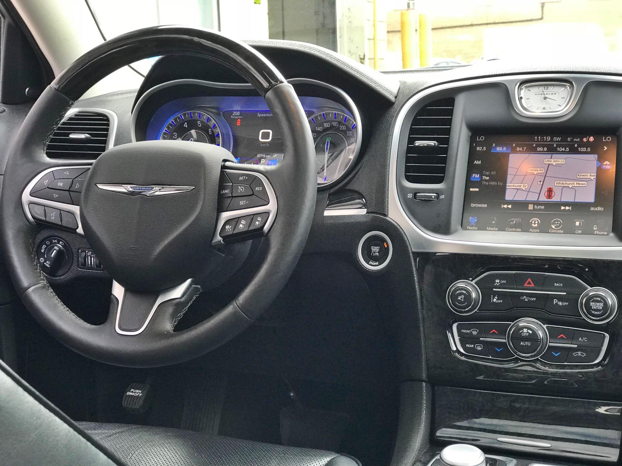 2016 Chrysler 300C Base (Stk: APR1432) in Mississauga - Image 8 of 17