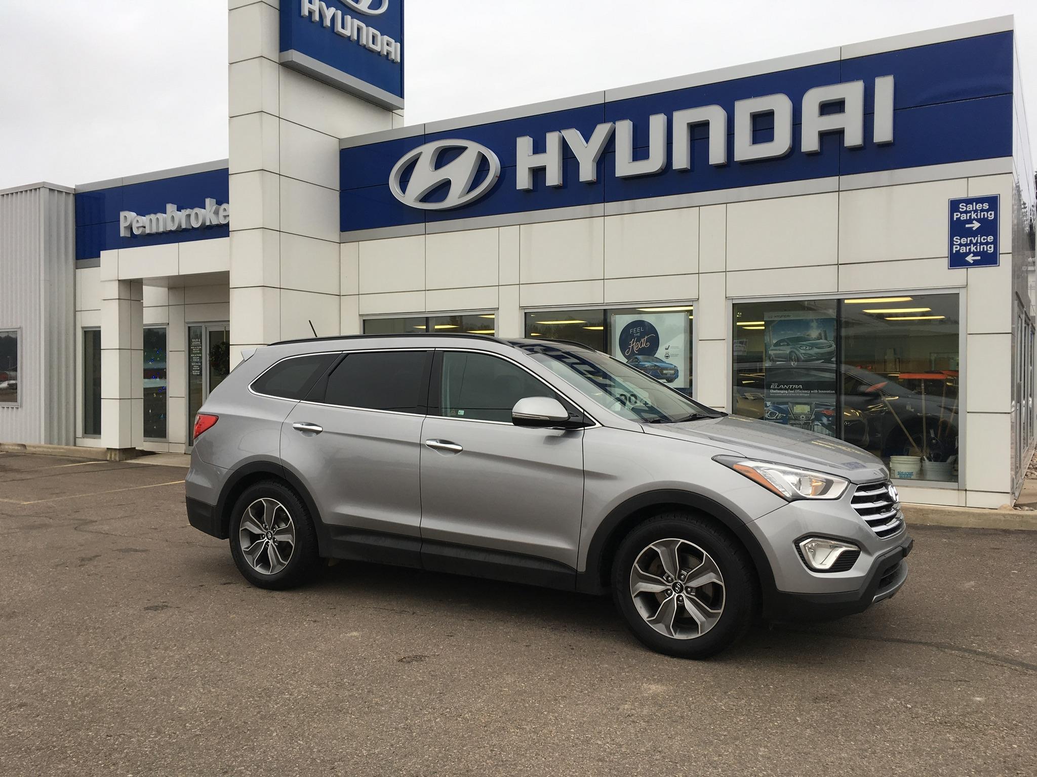 2013 Hyundai Santa Fe XL Luxury (Stk: 17518-1) in Pembroke - Image 1 of 1