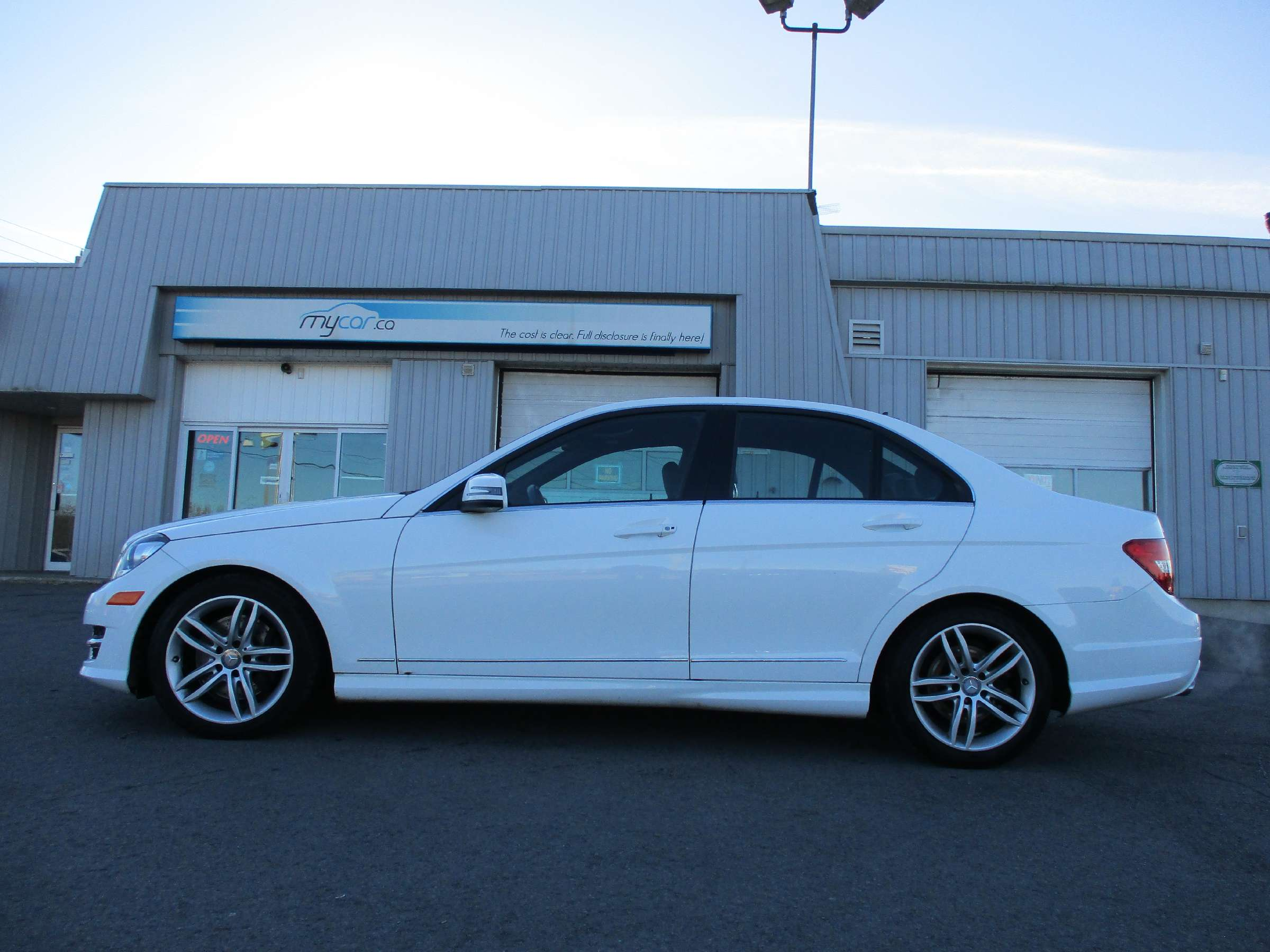 2014 Mercedes-Benz C-Class Base (Stk: 171865) in Kingston - Image 6 of 12
