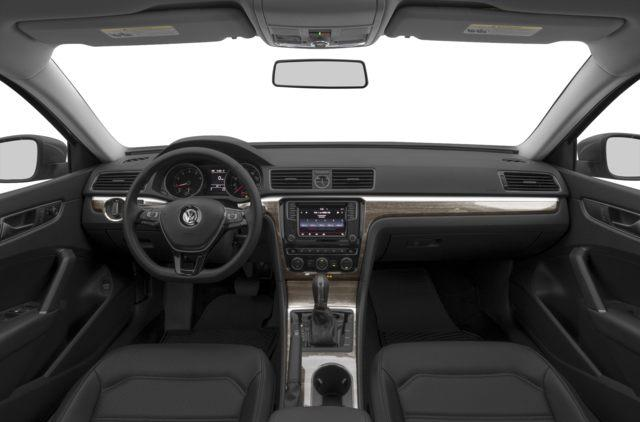 2018 Volkswagen Passat 3.6L VR6 Highline (Stk: P18622) in Brantford - Image 5 of 9