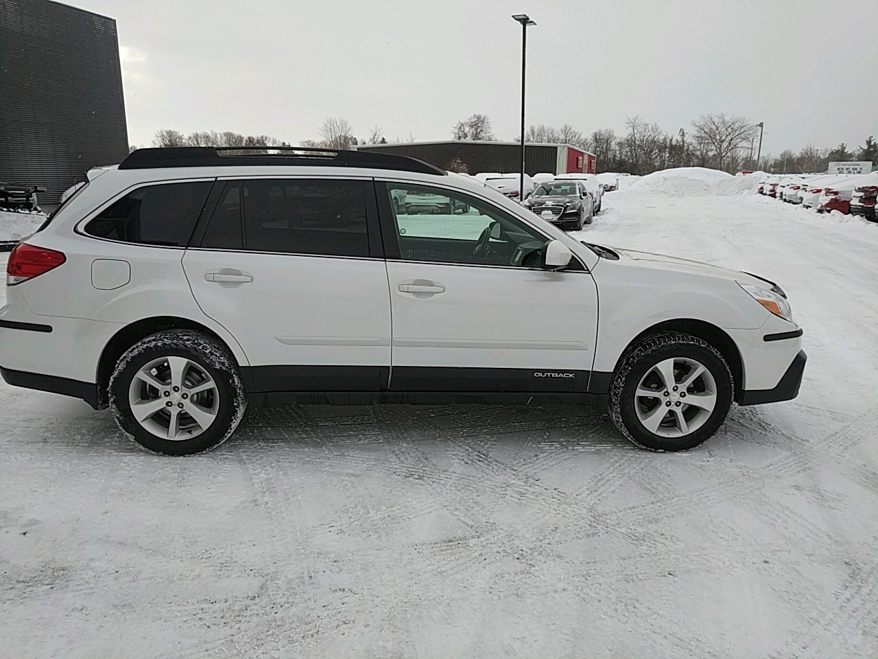 2013 Subaru Outback 2.5i Limited Package (Stk: 80022A) in Goderich - Image 6 of 18