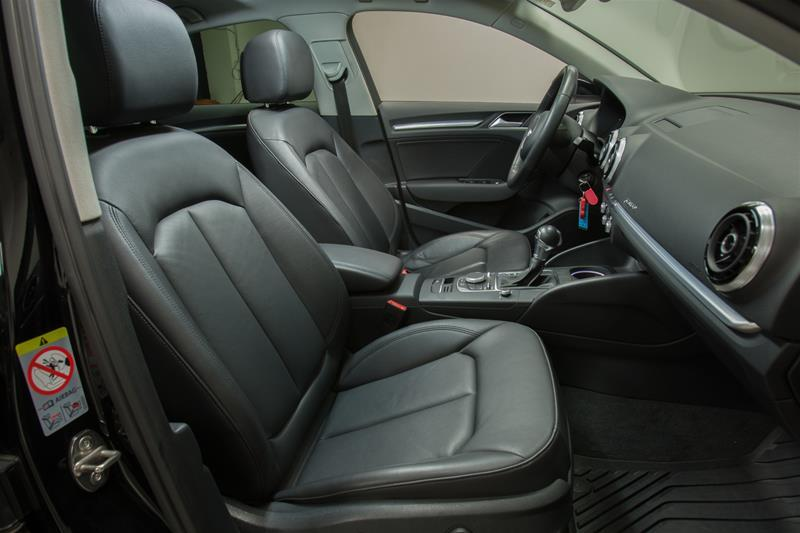 2015 Audi A3 2.0T Progressiv (Stk: 52642) in Newmarket - Image 12 of 17