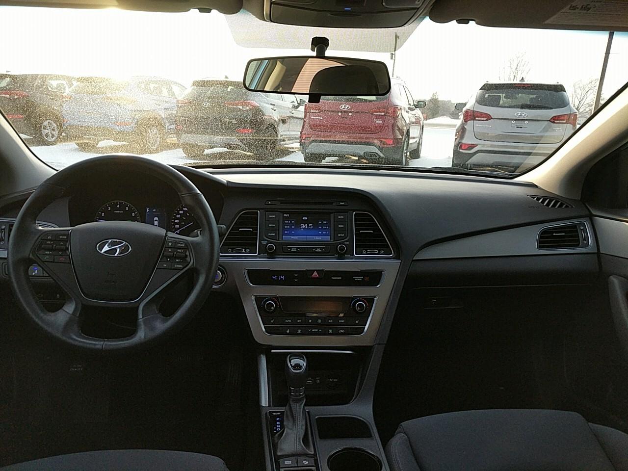 2016 Hyundai Sonata GLS (Stk: 70149A) in Goderich - Image 10 of 15