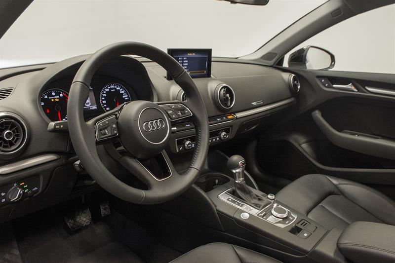 2018 Audi A3 2.0T Komfort (Stk: T13941) in Vaughan - Image 6 of 7