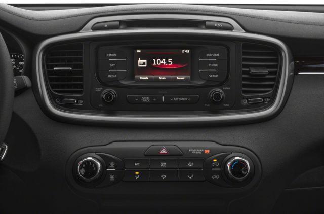 2018 Kia Sorento 3.3L LX (Stk: K18306) in Windsor - Image 7 of 9