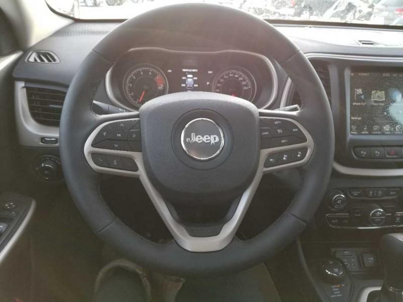 2017 Jeep Cherokee Limited (Stk: RU004) in  - Image 10 of 15