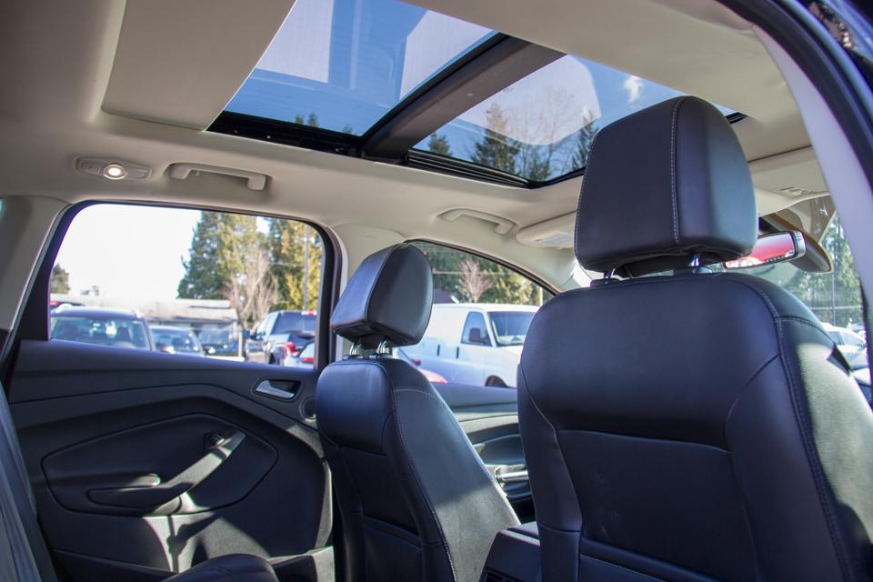 2017 Ford Escape Titanium (Stk: P8024) in Surrey - Image 13 of 30