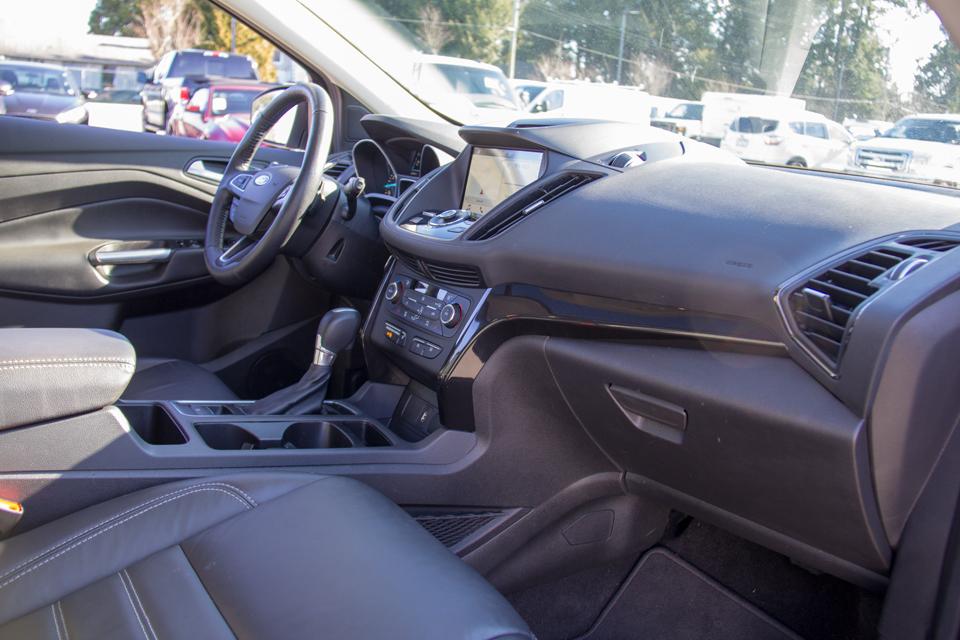 2017 Ford Escape Titanium (Stk: P8024) in Surrey - Image 18 of 30