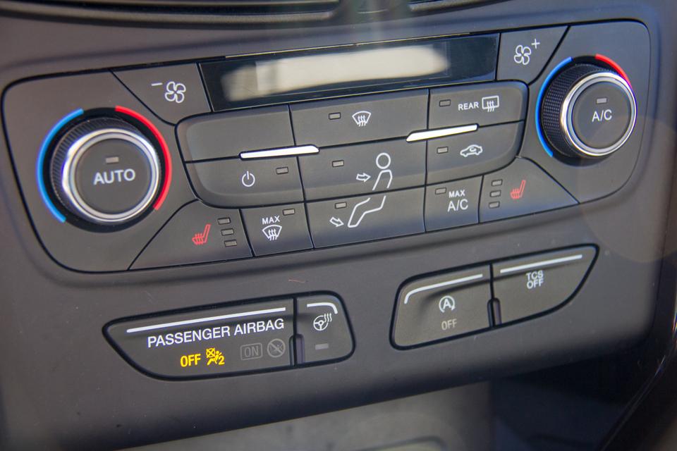 2017 Ford Escape Titanium (Stk: P8024) in Surrey - Image 26 of 30
