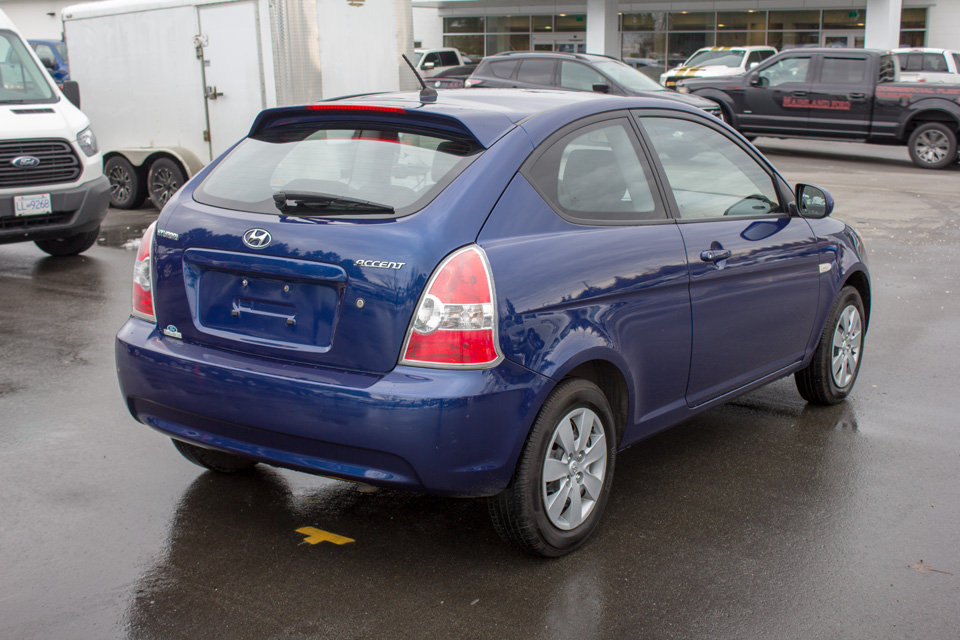 2011 Hyundai Accent  (Stk: P9126) in Surrey - Image 7 of 24