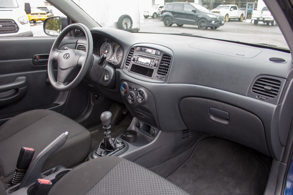 2011 Hyundai Accent  (Stk: P9126) in Surrey - Image 15 of 24