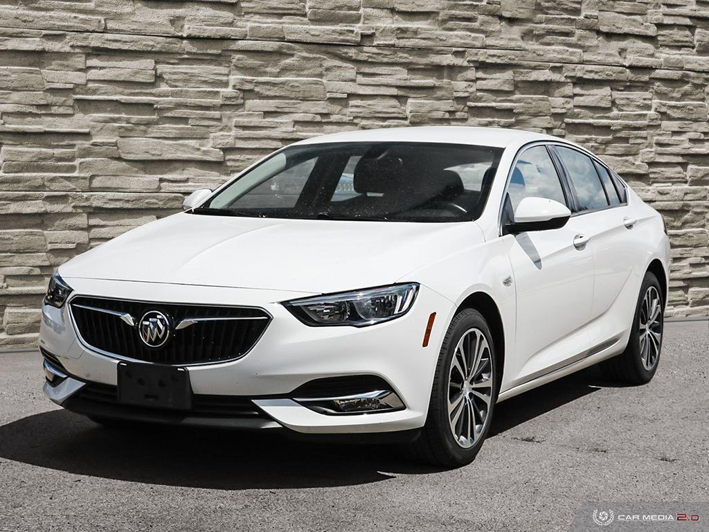 2019 Buick Regal Sportback Preferred II - 38,837km