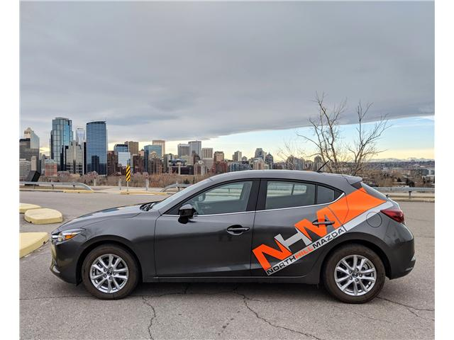 2018 Mazda Mazda3 GS (Stk: N2812) in Calgary - Image 1 of 30