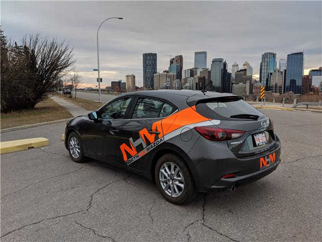 2018 Mazda Mazda3 GS (Stk: N2812) in Calgary - Image 2 of 30