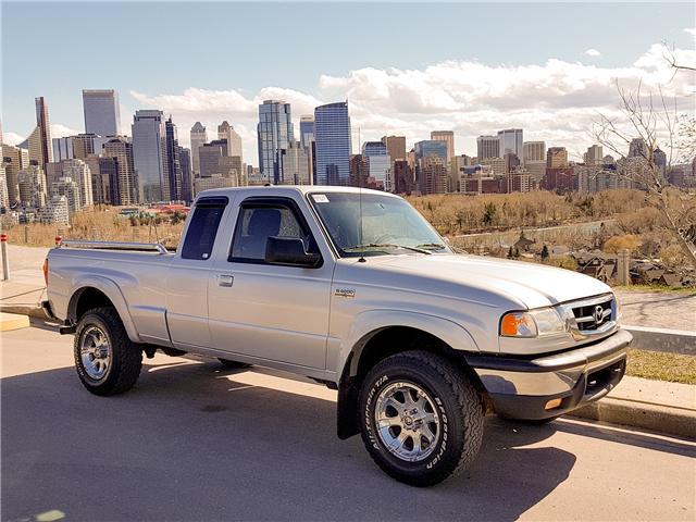 2010 Mazda B4000 SE (Stk: N2930) in Calgary - Image 1 of 26