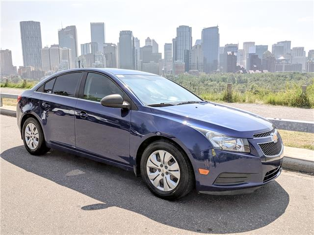 2012 Chevrolet Cruze LS (Stk: NT2965) in Calgary - Image 1 of 23
