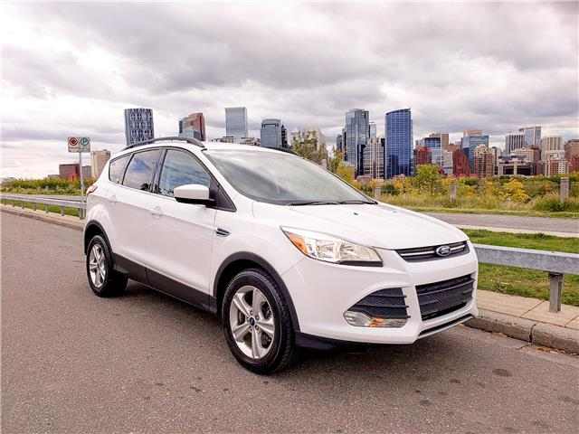 2015 Ford Escape SE (Stk: N2990) in Calgary - Image 1 of 25