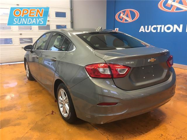 2018 Chevrolet Cruze LT Auto (Stk: 18-203697) in Lower Sackville - Image 3 of 16