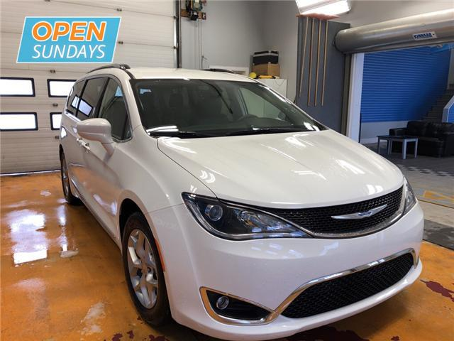 2018 Chrysler Pacifica Touring-L Plus (Stk: 18-290328) in Moncton - Image 5 of 17