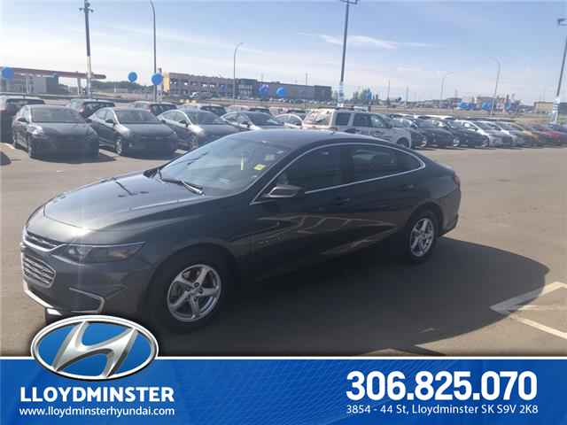 2017 Chevrolet Malibu LS (Stk: 9TU2539A) in Lloydminster - Image 2 of 12