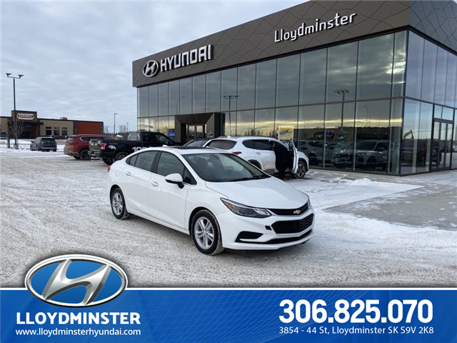 2017 Chevrolet Cruze LT Auto (Stk: 9SA8937B) in Lloydminster - Image 1 of 14