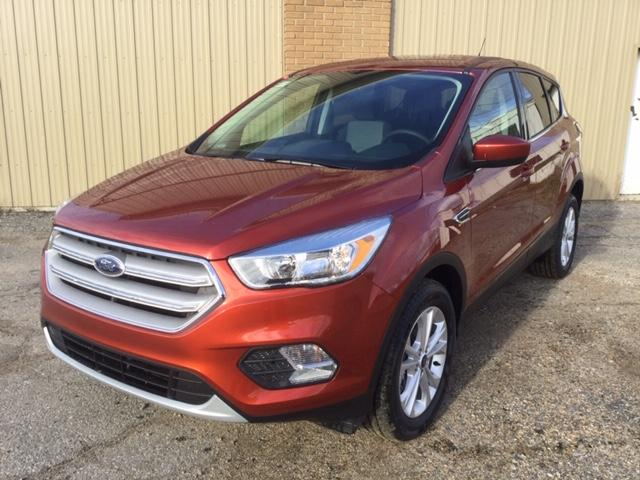 2019 Ford Escape SE (Stk: 19-47) in Kapuskasing - Image 1 of 8