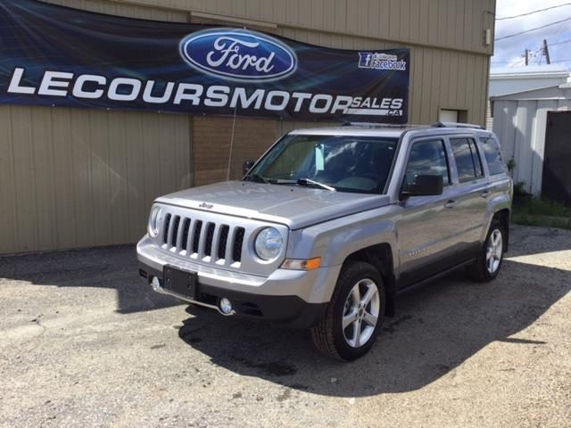 2016 Jeep Patriot Sport/North (Stk: U-3877) in Kapuskasing - Image 1 of 8