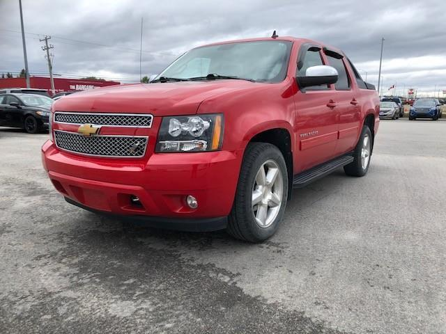 2011 Chevrolet Avalanche 1500 LT (Stk: U-4535) in Kapuskasing - Image 1 of 22