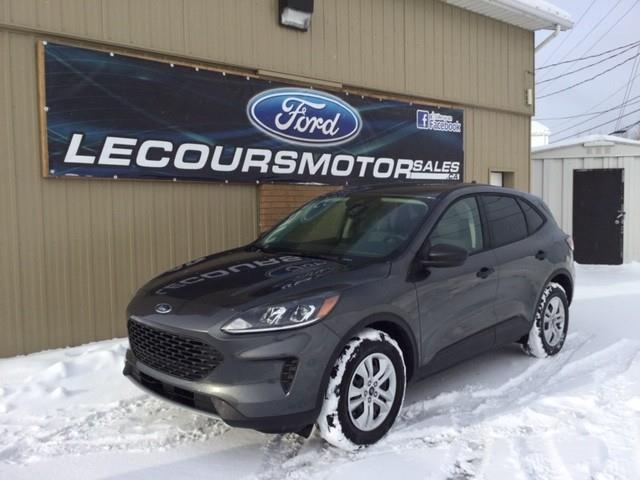 2020 Ford Escape S (Stk: 20-58) in Kapuskasing - Image 1 of 8
